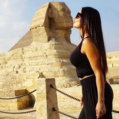 Enjoy a private day trip to Cairo from Hurghada by plane to visit Giza Pyramids complex & the Egyptian Museum & Khan EL Khalili, then fly back to Hurghada. Visit Egypt, By Plane, Desert Oasis, Giza, Luxor, Cairo, Ancient Egypt, Day Trips, Monument Valley