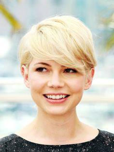 Michele Wiliams short hair