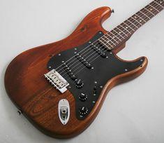 Fender FSR Reclaimed Eastern Pine Stratocaster (Dark Stain)