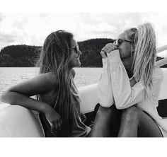 floatin + boatin