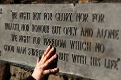 The wording on a memorial at  the site of the Battle of Bannockburn. Picture: PA