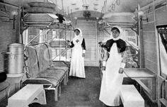 Enfermeras de la Cruz Roja en vagón de tren medicalizado durante la I Guerra Mundial (1916)