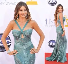 I loooved my dress from Zuhair Murad for this year's #emmys. And of course, jewelry from Neil Lane!!