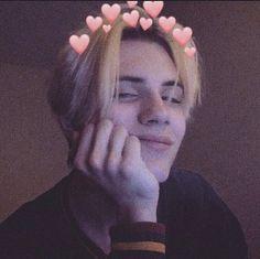 I absolutely am in love with Noen noeneubanks love ahh omg cute tiktok 766174955341586802 Cute Emo Boys, Cute White Boys, Cute Teenage Boys, Hot Boys, Cute Guys, Emo Guys, Grunge Boy, Grunge Hair, Beautiful Boys