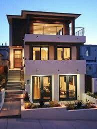 Fachadas de casas bonitas de diferentes tipos y tendencias u