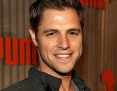 sam page Gorgeous Men, Beautiful People, Sam Page, Gossip Girl, Eye Candy, African, Actors, Celebrities, Celebrity
