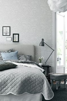 Minimalist Scandinavian Bedroom - For Small Rooms Master For Men For Women For Teen Girls For Couples DIY Boys Apartment Cozy Rustic Boho Vintage Modern Teenage Guest Cheap College Bohemian Cute On A Shabby Chic Dresser, Scandinavian Design Bedroom, Bedroom Decor, Neutral Bedroom Design, Shabby Chic Bedrooms, Bedroom Inspirations, Scandinavian Bedroom, Shabby Chic Decor, Home Decor