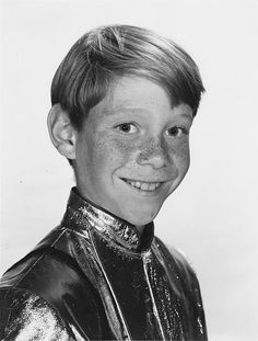 "Actor Bill Mumy, best known as Will Robinson in the TV series ""Lost In Space"", was born Feb. ""Danger Will Robinson, you're now Bill Mumy, Danger Will Robinson, Space Tv Shows, Robinson Family, Vintage Tv, Vintage Kids, Lost In Space, Child Actors, Cinema"
