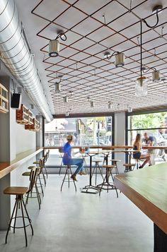 Image 8 of 13 from gallery of Tapas Bar 4 Latas / Pepe Gascon + Víctor Sala. Photograph by José Hevia