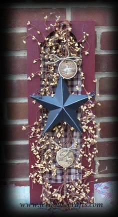 Primitive Shutter with Barn Star and Pip Berries-primitive home decor, primitive wall decor, shutter with pip berries, shutter with barn star, barn star decor, pip berry decor