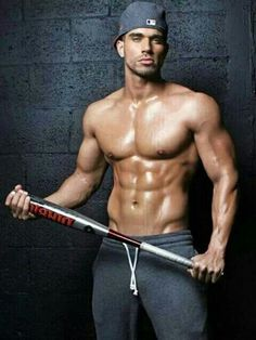 Who is this and where can I find some of that?!?!! #sexymen