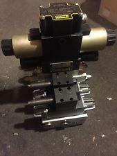 Slik pick hidden wheel lift tow truck wrecker tow dolly for Parker hydraulic motors catalog