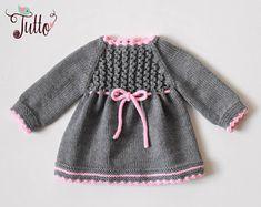 Bébé fille robe d'hiver robe de mérinos robe bébé en tricot robe gris et rose robe cadeau de shower de bébé fait sur commande