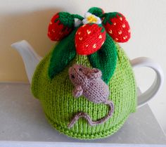 Knitted tea cosy.Pesky field mouse in the strawberry patch. Will fit 2-2.5 pint tea pot, other sizes made to order just ask! by AlisKnitShop on Etsy