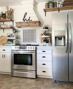 Stylish Kitchen, New Kitchen, Kitchen Dining, Kitchen Layout, Kitchen Tips, Kitchen Interior, Coastal Interior, Kitchen Grey, Dining Room