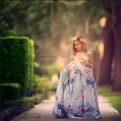 mikaela Little Girl Gowns, Gowns For Girls, Sibling Photography, Children Photography, Photography Ideas, Girl Photo Poses, Girl Photos, Long Tutu Skirt, Princess Photo