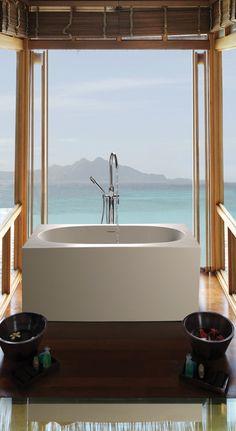 Luxury Infinity Bathtub Overflow