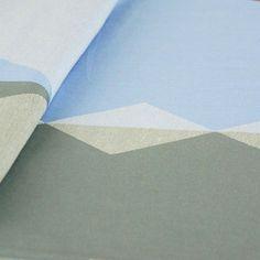 Didymos letvægt sommerlig vikle med diamantmønster i blå og grå. Jaquard vævet, 180g/m2