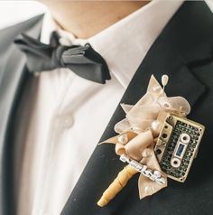 Boutonniere Music by Flowersbyts - 001