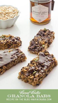 These No-Bake Honey Peanut Butter Granola Bars are completely indulgent, but healthy too. They're loaded with protein, fiber, and so much more! Honey Granola Bar Recipe, Granola Bars Peanut Butter, Köstliche Desserts, Delicious Desserts, Dessert Recipes, Yummy Food, Low Carb Riegel, Breakfast Bars, Health Breakfast