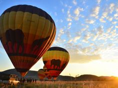 Hot-Air Ballooning in Sun City. View a list of hot air ballooning operators in Sun City, South Africa - Dirty Boots Sun City Resort, Balloon Flights, Activities In Cape Town, Air Balloon Rides, Adventure Activities, Rafting, Adventure Holiday, Parasailing, South Africa