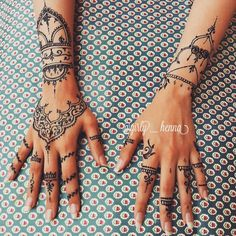 """""""Who want this Henna design on their hands ?? . . .…"""""""