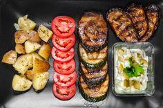 Naan, Sausage, Food And Drink, Ethnic Recipes, Vegan Vegetarian, Sausages, Hot Dog, Chinese Sausage