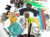 Museum Notes: Playing with …. Loose Parts. Helping children discover and play with found objects. Full Day Kindergarten, Kindergarten Classroom, Inquiry Based Learning, Early Learning, Reggio Classroom, Classroom Ideas, Block Area, Classroom Inspiration, Nursery Inspiration