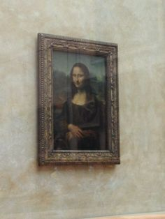 Mona Lisa ~I love good art, and the Lourve is art enthusiast's dream.