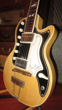 1957 National Town and Country White > Guitars : Electric Solid Body - Rivington Guitars | Gbase.com