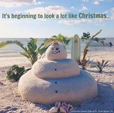 ... in Florida. Sand Snowman at Undertow Beach Bar at Saint Pete Beach, Florida. Image via FB: https://www.facebook.com/InstagramersSaintPetersburg/photos/a.521705491201123.1073741828.521589187879420/985141871524147/?type=3&theater