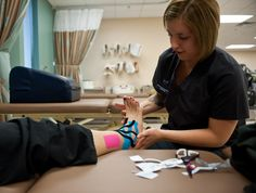 Kinesio Taping: What Does Current Evidence Say About Its Effectiveness - Massage And Fitness Magazine Plantar Fasciitis Taping, Plantar Fasciitis Remedies, Plantar Fasciitis Treatment, K Tape, Kinesiology Taping, Chiropractic Care, Improve Blood Circulation, Muscle Tension, Fitness Magazine