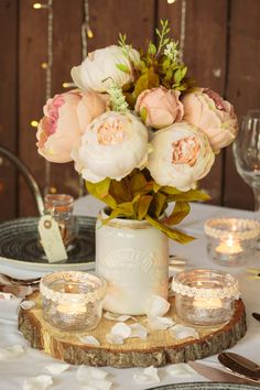 If you're big day is coming up you need to give this a read, we've got some tips & tricks that could change your wedding budget entirely!e- more money for that dreamy honeymoon!🌞) The secret? A little DIY goes a long way. Homemade Centerpieces, Table Centerpieces, Diy Your Wedding, Budget Wedding, Kilner Drinks Dispenser, Kilner Jars, Event Company, Flower Garlands, Spice Jars