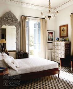 Elle Decor, April 2011
