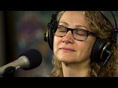 Joan Osborne & The Holmes Brothers Live at KPLU - YouTube