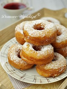 Donuts with cheese (in Polish) Yummy Treats, Sweet Treats, Yummy Food, Dog Food Recipes, Dessert Recipes, Cooking Recipes, Cheesecake Pops, Donia, Sweets Cake