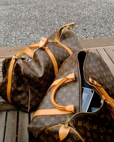 I want LV luggage!