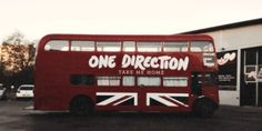 Our perfect bus *^*  One direction