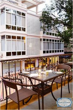 The Ocean Palms has two dining outlets: Nautilus, a multi cuisine restaurant and the Beach Combers, an ideal place to unwind with a cup of tea, a juice, or cocktails.  Visit Goa, the Cox and Kings way! bit.ly/CnkGoGoa #CoxandKings