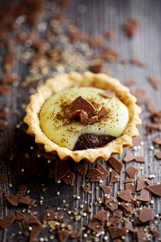 Tartlets with chocolate, coffee and eggnog Blueberry Pie Recipes, Peach Pie Recipes, Chocolate Pie Recipes, Tart Recipes, Fruit Galette Recipe, Apple Tart Recipe, Caramel, Easy Pie, Sweet Pastries