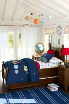 this is what retro daddy wants for emerson! cute! Pottery Barn Kids Spring '13