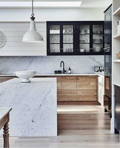 Modern Kitchen Design by Blakes London - Our take on a classic trend! Shaker Style Kitchens, Modern Farmhouse Kitchens, White Wood Kitchens, Modern Farmhouse Interiors, Small Kitchens, Cool Kitchens, Küchen Design, House Design, Interior Design