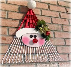 Santa Door Greeter - Recently, at a flea market, I ran across a whole bunch of old metal rake heads without the handles. After staring at them a bit, I bought t…
