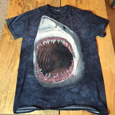 Shark Shirt Awesome shark shirt duh! Tops Tees - Short Sleeve