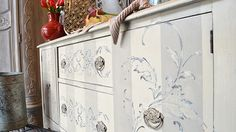 Embossed pattern over striped finish #chalkpaint #artworksnw
