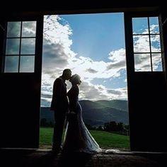 Michelle & Mike  http://gelinshop.com/ipost/1524384939561364571/?code=BUntAangqxb