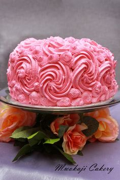 Strawberry cake with strawberry buttercreme frosting...