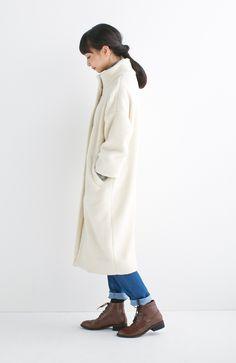 ほっこりあたたかな白でつくる冬のホワイトコーディネート着こなし術