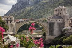 A new post on my photoblog about Mostar in Bosnia&Erzegovina: a city in which the violent and controversial recent story merges with its intercultural wealth.