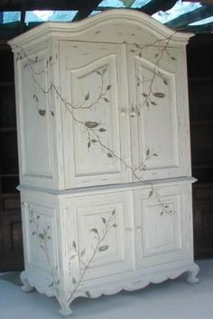 Vintage Furniture Birds Nest Armoire - Hand made, hand carved in Olinda Romani's Birds Nest design. Part of her French hand painted furniture collection. x 80 x 26 Available as a Computer, Wardrobe or Television Armoire. Custom armoires available. Chic Furniture, Redo Furniture, Hand Painted Furniture, Furniture Collection, French Country Armoire, Paint Furniture, Country Furniture, French Country Furniture, Cool Furniture
